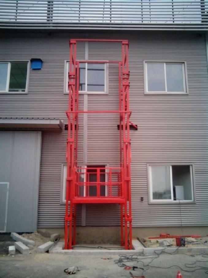 室外安装升降货梯厂家配置报价