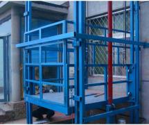 室外安装升降货梯生产订做